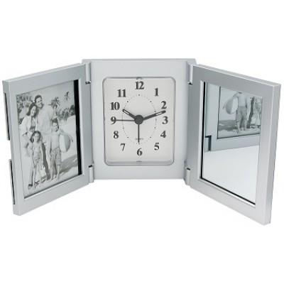 Horloge et cadres photos